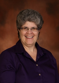 Dia Lind : Principal <br> Lower School Dean